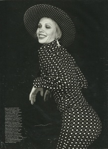 Marie Claire Germany 9 96 05.jpg