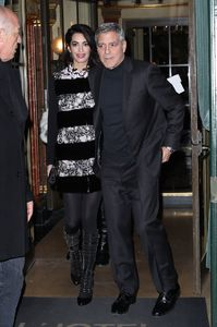 amal-clooney-and-george-clooney-leaving-their-hotel-to-go-to-dinner-to-laperouse-restaurant-in-paris-7.jpg