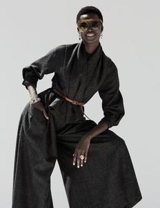 dior-haute-couture.thumb.jpg.786990468d152b380283849340a0d3f9.jpg