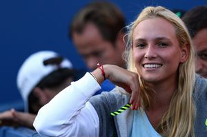 donna-vekic-during-stan-wawrinka-s-match-2015-us-open-in-nyc_1.jpg