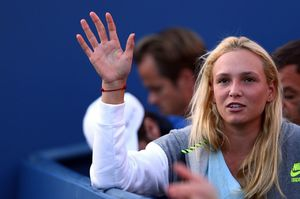 donna-vekic-during-stan-wawrinka-s-match-2015-us-open-in-nyc_2.jpg