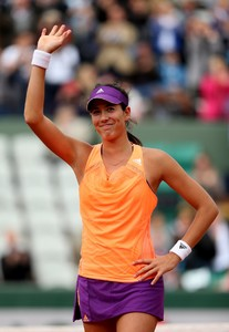 garbine-muguruza-2014-french-open-at-roland-garros-2nd-round_10.jpg
