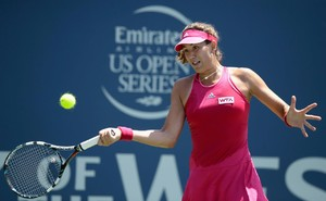 garbine-muguruza-bank-of-the-west-classic-in-stanford-ca-day-2_3.jpg