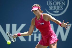 garbine-muguruza-bank-of-the-west-classic-in-stanford-ca-day-2_6.jpg