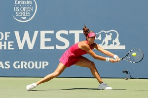 garbine-muguruza-bank-of-the-west-classic-in-stanford-ca-day-4_9.jpg