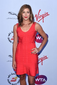garbine-muguruza-pre-wimbledon-party-2015-at-kensington-roof-gardens-99-in-london_2.jpg