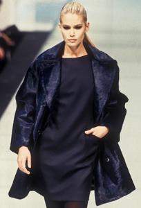 giafranco-ferre-fw-1996-14.thumb.png.64612b0e9e55770d28a07e00216e127f.png