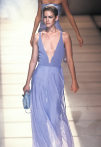 giorgio-armani-ss-1997-2.thumb.png.3da0c4a452733c129c1ff6c951af36c2.png