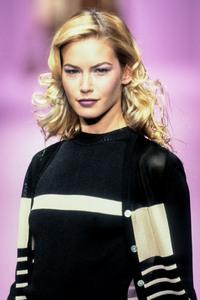 lolita-lempicka-ss-1997-11.thumb.jpg.491881f0e10281db374fb33535e05cde.jpg