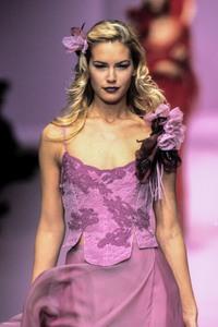 lolita-lempicka-ss-1997-6.thumb.jpg.47369d3738070c3d835c9228c3342840.jpg