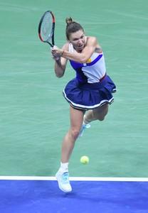 simona-halep-2017-us-open-tennis-championships-in-ny-08-28-2017-11.jpg