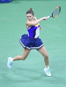 simona-halep-2017-us-open-tennis-championships-in-ny-08-28-2017-18.jpg