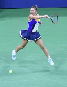 simona-halep-2017-us-open-tennis-championships-in-ny-08-28-2017-8.jpg