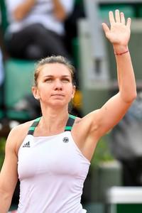 simona-halep-french-open-tennis-tournament-in-roland-garros-paris-06-01-2017-2.jpg