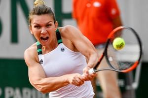 simona-halep-french-open-tennis-tournament-in-roland-garros-paris-06-01-2017-7.jpg