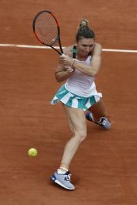 simona-halep-french-open-tennis-tournament-in-roland-garros-paris-06-03-2017-1.jpg