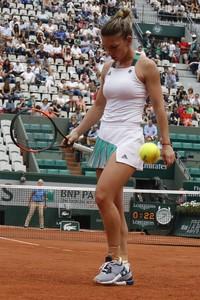 simona-halep-french-open-tennis-tournament-in-roland-garros-paris-06-03-2017-4.jpg