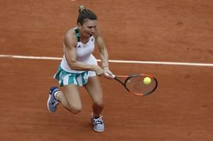 simona-halep-french-open-tennis-tournament-in-roland-garros-paris-06-03-2017-7.jpg