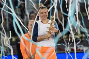 simona-halep-mutua-madrid-open-tennis-may-2017-10.jpg