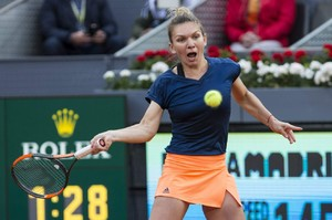 simona-halep-mutua-madrid-open-tennis-may-2017-2.jpg