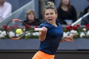 simona-halep-mutua-madrid-open-tennis-may-2017-3.jpg