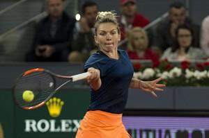 simona-halep-mutua-madrid-open-tennis-may-2017-4.jpg