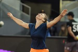 simona-halep-mutua-madrid-open-tennis-may-2017-6.jpg