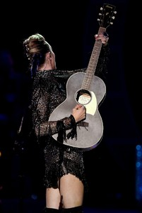 miley-cyrus-performance-at-iheartradio-music-festival-in-las-vegas-september-23-2017-5.thumb.jpg.80796443295f6f66a8a69b30dc373b42.jpg