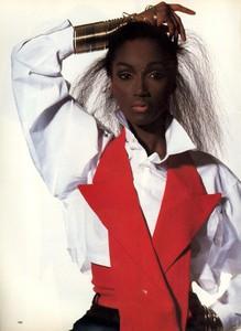 Katoucha_Penn_Vogue_US_July_1988_03.thumb.jpg.12c3bea6ab6ef93c7d06c04ee5892945.jpg