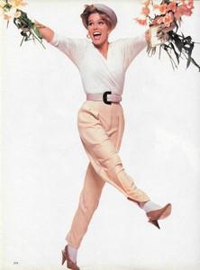 King_Vogue_US_February_1986_05.thumb.jpg.e5d43ae17236b40019e29783b1a7ec9d.jpg