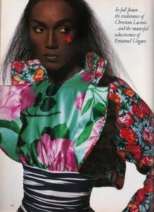 Penn_Vogue_US_April_1988_07.thumb.jpg.8e92e2340323776e8fa014ae40dada89.jpg
