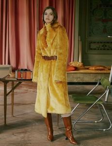 Vogue-Russia-Masha-Skokova-Fanny-Latour-Lambert-9.thumb.jpg.7a5c0ad880dc8297bf3dbbf42a077bd3.jpg