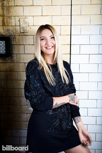 Julia-Michaels-bb1-predictions-2017-billboard-1240.jpg