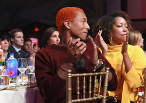 Pharrell+Williams+Billboard+Women+Music+2017+r0s41dMoLxBx.jpg