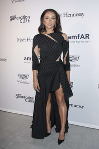 Kat-Graham_-2017-amfAR-generationCURE_-Holiday-Party--01.thumb.jpg.57c74c1ba6589fdf2ed8d961e5ef284f.jpg