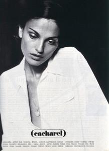 Laura-Ponte-Cacharel-1996-01.thumb.jpg.492a6511d2fb55485f7bc40855af8d32.jpg