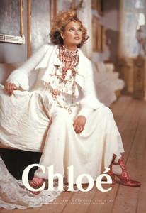 Linda-Evangelista-Chloe-1994-01.thumb.jpg.ad98231f3de6958ed798c895f9bc6b3f.jpg