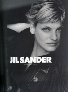 Linda-Evangelista-Jil-Sander-1994-02.thumb.jpg.aaa01daa3a1a0d1cc4a99a63af3cecbe.jpg