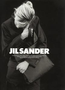 Linda-Evangelista-Jil-Sander-1994-03.thumb.jpg.568045206f1a0004fd4694273f63d7d8.jpg
