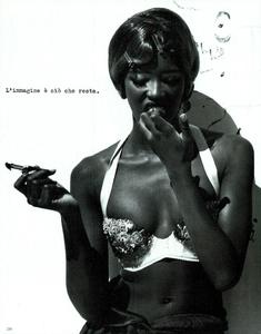 Meisel_Vogue_Italia_December_1989_05.thumb.png.4cbf3ae6dd07d834c333ad611a0dd91c.png