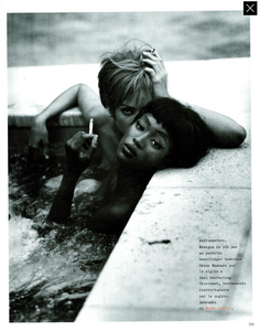 Meisel_Vogue_Italia_December_1989_10.thumb.png.a5062b7353bb76d9d672de15aa7be39a.png