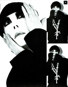 Meisel_Vogue_Italia_December_1989_26.thumb.png.5b0f41babc2b0d43db8794ed290f1b02.png