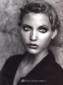 Nadja-Auermann-ToniGard-1994-02.thumb.jpg.f4e6ab155310d21126ac0b2075412644.jpg