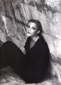 Nadja-Auermann-ToniGard-1994-03.thumb.jpg.239dfc68f705f7ca806477e27f84f3a5.jpg