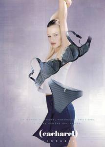 Tatiana-Zavialova-Cacharel-1998-01.thumb.jpg.f2739ea5b46b691d0f43aa46a13f4143.jpg