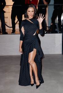 kat-graham-on-the-town-in-nyc-12117-6.jpg