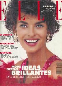 ELLE España01 1990.jpg