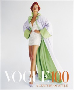 VOGUE 100 A CENTURY OF STYLE UK 2016.jpg