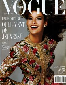 VOGUE Francia 1987.jpg