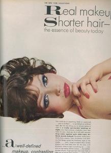 Avedon_Vogue_US_September_1972_002.thumb.png.88e4d00e2fface922bb861d7df6645ea.png